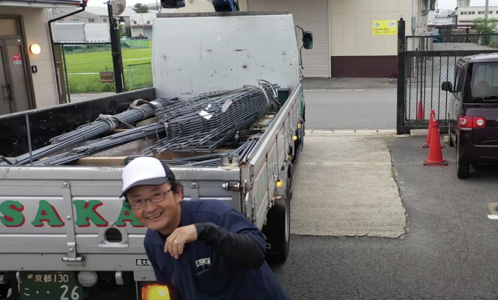 初めて見たドローンに驚くトラック運転手,中大路智彦,なかおおじともひこ,さかえこううん,栄興運