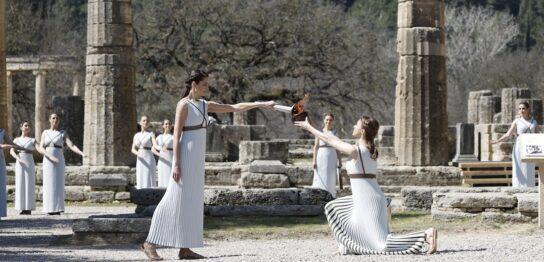 ヘラ神殿で行われた聖火採火式