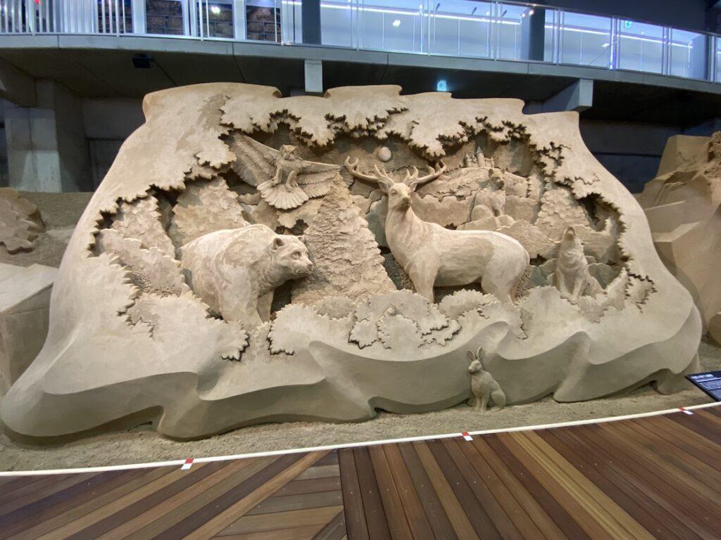 砂の美術館「チェコ&スロバキア編(Czechia&Slovakia)」中欧の野生動物(制作者:ダン・ベルチャー)