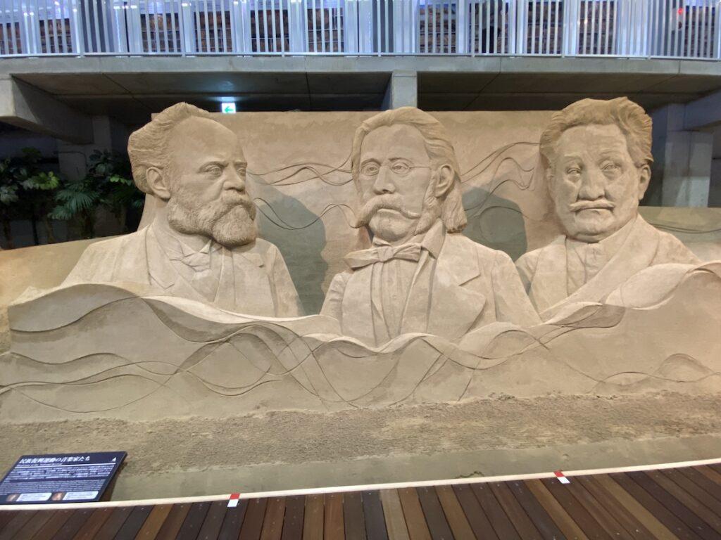 砂の美術館「チェコ&スロバキア編(Czechia&Slovakia)」民族復興運動の音楽家たち(制作者:スザンヌ・ルセラ、マリエレ・ヒーセルス)